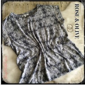 Rose & Olive Blue Gray Damask Print Top